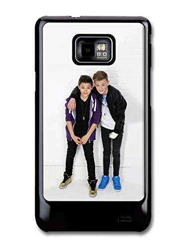 bars-and-melody-boyband-leondre-devries-charlie-lenehan-standing-cast-hulle-fur-samsung-galaxy-s2