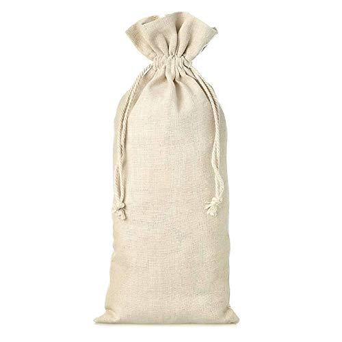 Bolsa rústica de lino para botellita de vino de 13 x 27 cm. Es muy apropiada para regalar comestibles y acompañarlo con una botella de vino pequeñas. En pack de 50, hace de este pequeño saquito, una buena forma de presentar tus detalles a los invitad...