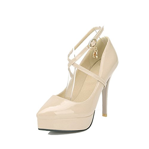 AllhqFashion Damen Rein Lackleder Stiletto Spitz Zehe Schnalle Pumps Schuhe Cremefarben