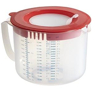 Dr. Oetker Mess- und Rührbecher 2,2L, Messbecher mit unterschiedlichen Messskalen, Rührbecher mit Spritzschutz, Becher aus hochwertigem Kunsstoff (Farbe: rot/transparent), Menge: 1 Stück