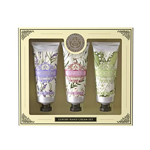 This beautiful hand cream gift set contains an assortment of three luxury hand creams from our Aromas Artesanales de Antigua (AAA) Floral collection.  Please note: this is an assorted selection of AAA Hand Creams from the following floral fragrances:...