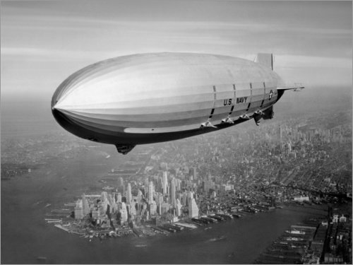 Posterlounge Leinwandbild 40 x 30 cm: USS Macon Luftschiff über NY von John Parrot/Stocktrek Images - fertiges Wandbild, Bild auf Keilrahmen, Fertigbild auf echter Leinwand, Leinwanddruck