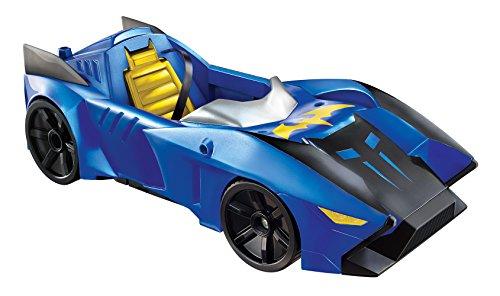 batman-dkc97-bat-mobile-30-cm