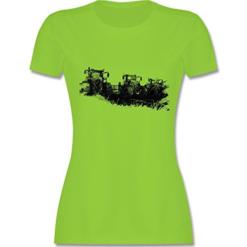 Landwirt - Traktoren Wiese - tailliertes Premium T-Shirt mit  Rundhalsausschnitt für Damen Hellgrün