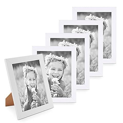 5er Bilderrahmen-Set 15x20 cm Photolini Basic Collection Modern Weiss aus MDF inklusive Zubehör / (Ein Ganz Besonderes Geburtstagsgeschenk)