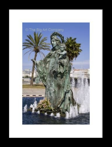 framed-print-fountain-on-paseo-maritimo