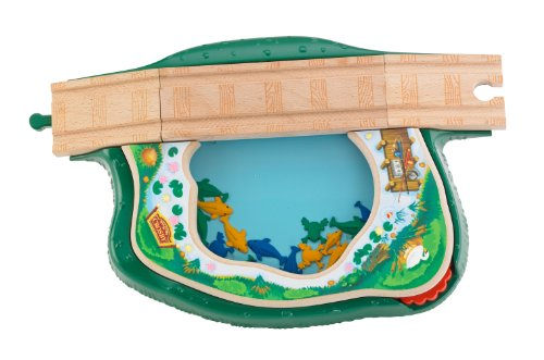 Fisher Price Thomas Wooden Railway Spin and Swim Lily Pond