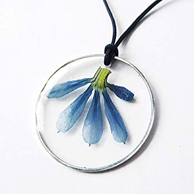 Pendentif Maya Fleur Bleue en résine et fleurs séchées - Bijou nature Collier floral