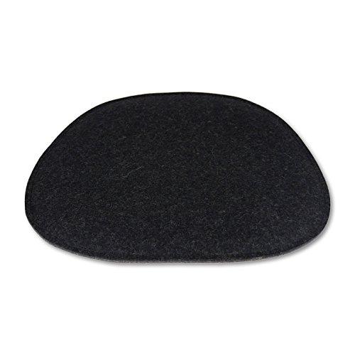 Filz Sitzkissen von filzbrand aus hochwertigem Designfilz (100 % Wolle), für Eames Chairs, trapezförmig, Länge: 35 cm, Breite: ca. 38/20 cm, zweifarbig: anthrazit/graphit