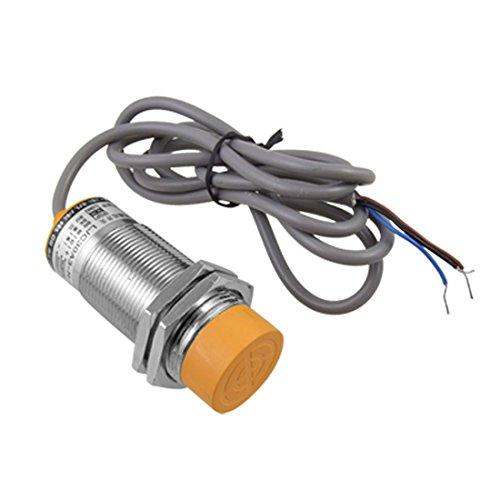 Kapazitiver Naeherungssensor Schalter - SODIAL(R)LJC30A3-H-Z/ AY 1-25mm Kapazitaet Proximity Sensor Schalter PNP NC DC 6-36V 300mA