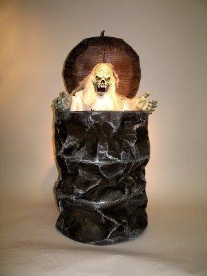 Mülltonne mit Geist, ca. 50 cm hoch, ca. 40 cm (Kostüm Mülltonnen)