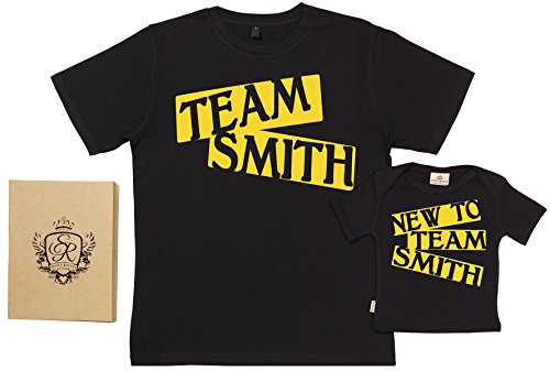 SR - dans une boîte cadeau - CUSTOM Team Name - Ensemble de T-shirts pour Père et bébé - L & 5-6 ans