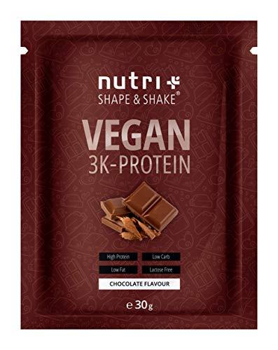 PROTEINPULVER VEGAN Schokolade 30g Probe | 80,2{d6c81cb5376e80480618d85c9e6659e33ffaf790e37f63306ea13a6bdf66a628} Eiweiß | Shape & Shake ® 3k-Protein Chocolate Powder | Veganes Eiweißpulver Schoko Probiergröße | in Deutschland hergestellt