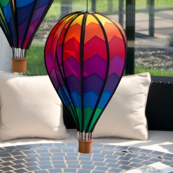 Mobile Korb (CIM Windspiel - Heißluftballon Mountain - wetterbeständig - Ballon:Ø28cm x 48cm, Korb: 4.5cm x 4cm - kugelgelagerte Aufhängung (Mountain))