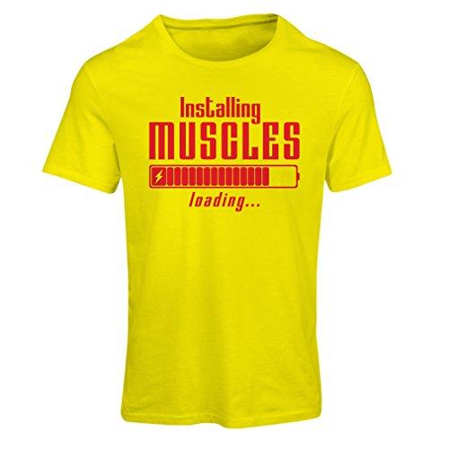 Frauen T-Shirt Muskelarbeit Kleidung - für Muskelaufbau Meister, Vintage Design, Fitness Kleidung (Small Gelb Rote) (Dri-power-polo)