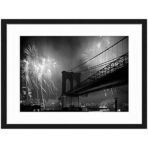 Red Fireworks Ponte di Brooklyn New York City Celebration–stampa artistica da parete cornice in legno massiccio (Bianco e nero 50,8x