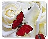 Mausunterlage Roter Schmetterling auf Dem reizenden RosenMausunterlagecomputer Mousepad