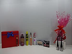 Boxing Day Sale - Once It's Gone It's Gone! ~ Maybelline Beauty Gift Box ~ 7pc Make Up Set In Gift Box + Free Laval Glitter Eyeliner x 2 Gift Hamper ~55~