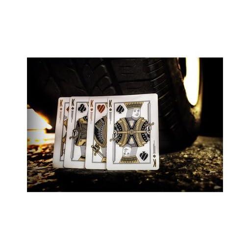 Run-Playing-Cards-Standard-Kartenspiele-Zaubertricks-und-Magie