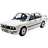 Norev - 183260 - BMW E28 M535i - 1986 - 1/18 Escala - Blanco