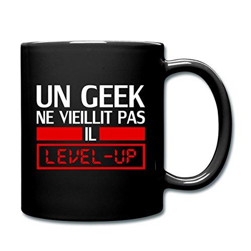 Spreadshirt Un Geek Ne Vieillit Pas Mug uni, noir