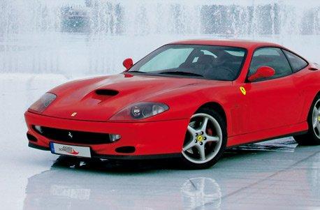Geschenkgutschein: Ferrari F550 Maranello selber fahren