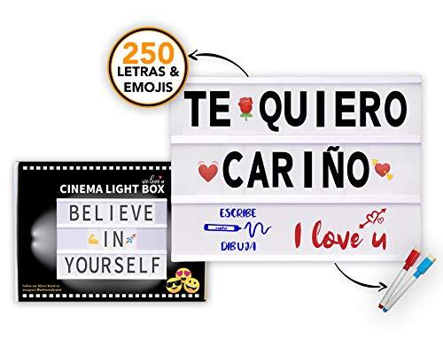 Caja de Luz con Letras, Símbolos y la mayor cantidad de Emojis, el accesorio perfecto para decorar y disfrutar tus momentos más especiales. Su gran variedad de emojis permite adaptarla a casi cualquier ocasión. Caja de Luz con Letras, Incluye:  Caja ...