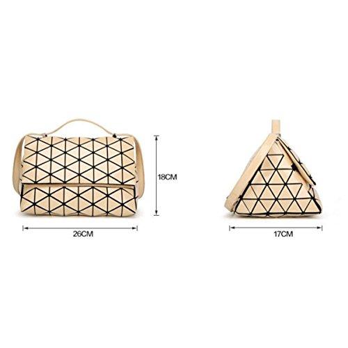 Borsa Geometrica 2017 Piramide Opaco Lucido Il Sacchetto Di Forma Triangolare Borsa Femmina Moda La Personalità Il Temperamento Signora Casuale Sacchetto MattBlack