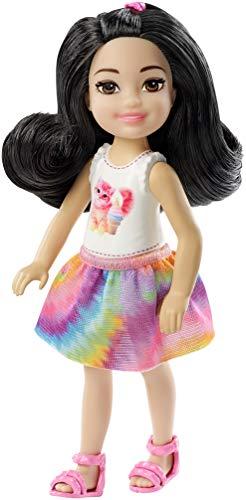 Barbie Famille mini-poupée Chelsea fille brune, haut motif...