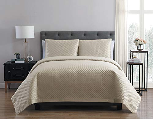 VCNY Home Adrianna Charmeuse 3Piece Quilt-Gray King Set, Morn 13-0403 -