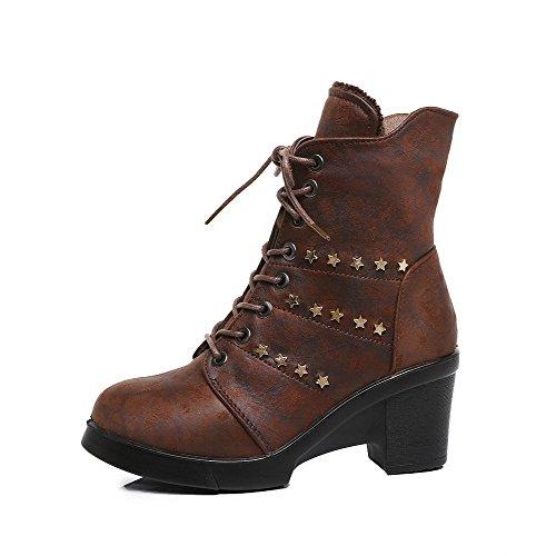 AllhqFashion Damen Eingelegt Reißverschluss Hoher Absatz Stiefel mit Rivet Set Kaffee