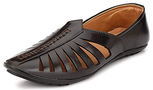 Walkshoe Ethnic Faux Leather Brown Mojari for Men&...