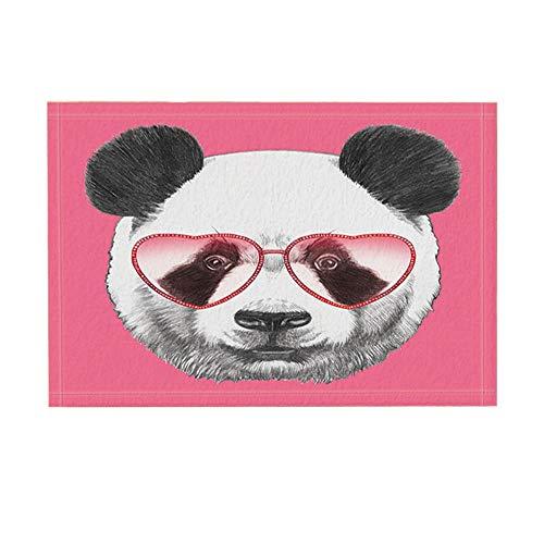 Aliyz Schöne Tiere Badteppiche, Porträt von Panda mit herzförmigen Sonnenbrillen, Rutschfeste Fußmatte Bodeneingänge Indoor-Türmatte vorne, Kinder Badematte, 15.7x23.6in, Bad-Accessoires
