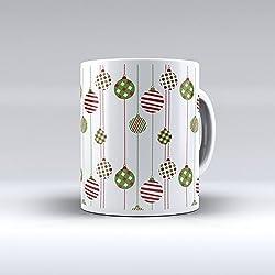 Taza decorada desayuno regalo original diseño estampado motivo navideño bolas rojo y verde