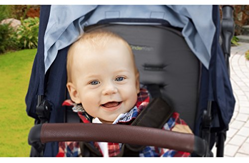 Kinderkraft Moov 3en1 - Silla de paseo de bebe,  3 piezas, multifunctional, capazo silla de coche incluida ajuste del asiento arnés de 5 puntos, Amortiguadas Facilidad de plegado (0-13 kg)