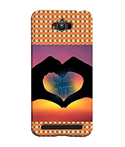 Fuson Designer Back Case Cover for Asus Zenfone Max ZC550KL :: Asus Zenfone Max ZC550KL 2016 :: Asus Zenfone Max ZC550KL 6A076IN (Hearts Love Dots Circles Diamonds)