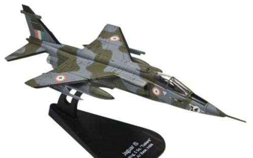 italeri-1-100-jaguar-is-india-air-force-japan-import