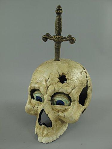 Eisen Totenkopf weiss mit Dolch H.26x20x15cm Artikel-Nr.: 102.091 (Eisen-dolch)