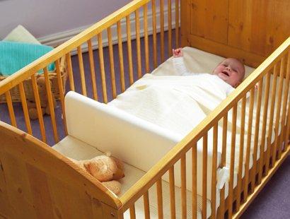 Trennwand für Gitterbett für Zwillinge