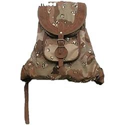 Zurron con refuerzos en piel, camuflaje desierto tamaño normal. Medidas 44 x 34 cm. …