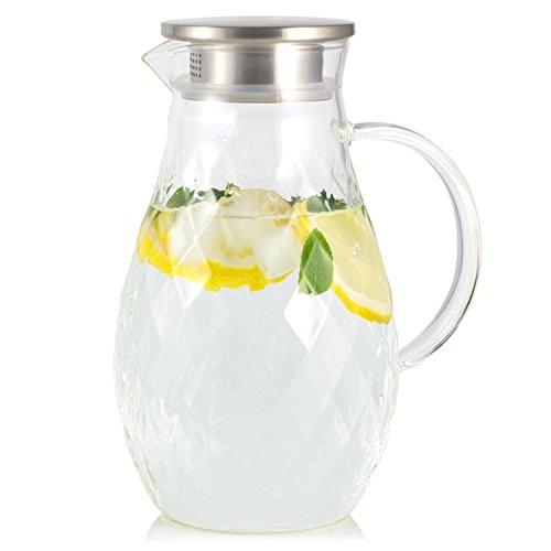 JCPKitchen Karaffe aus Borosilikatglas mit Deckel und Ausgießer - Krug mit einzigartigem Rautenmuster für 2 Liter kaltes oder heißes Wasser - Getränkekanne für hausgemachten Eistee und Saft