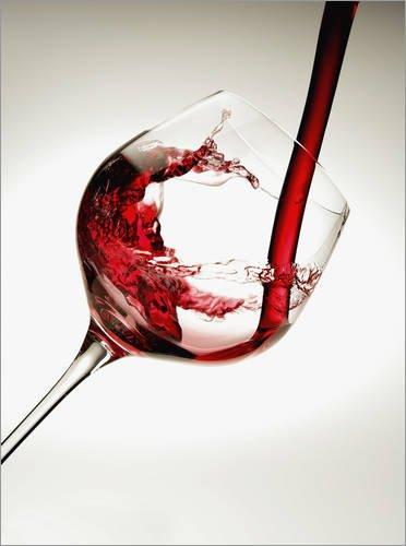 Posterlounge Leinwandbild 60 x 80 cm: Rotwein im Weinglas von Richard Desmarais/Design Pics -...