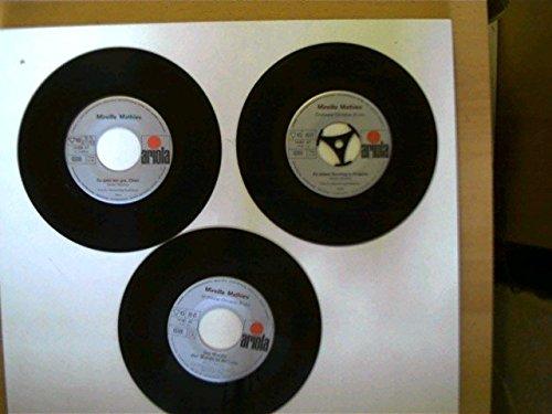 4 Platten (ohne Hüllen): Mireille Mathieu - Meine Welt ist die Musik/ Es geht mir gut Cheri, Au revoir min amour/ An einem Sonntag in Avignon, Tarata-Ting Tarata-Tong/ Das Wunder aller Wunder ist die Liebe, Hinter den Kulissen von Paris/ Martin, -