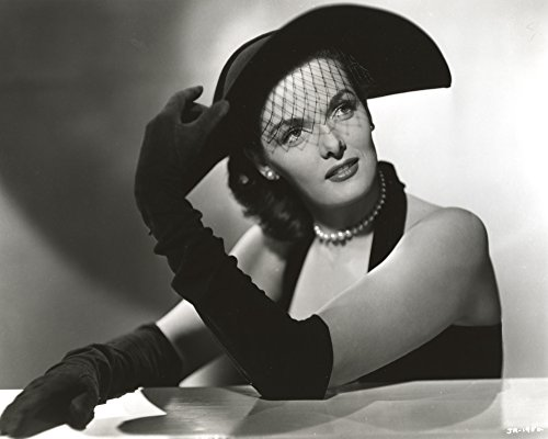 The Poster Corp Jane Russell Portrait in Black Velvet Halter Dress and Velvet Gloves with Black Lace Hat and Pearl Earrings Photo Print (25,40 x 20,32 cm) Lace Velvet Hat