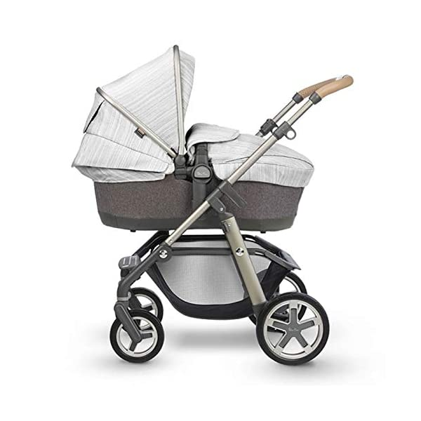 Silver Cross Pioneer Pushchair in Timeless Special Edition Silver Cross Suitable from birth to 25kg Comes with seat unit and carrycot Includes faux fur seat liner and changing bag 1