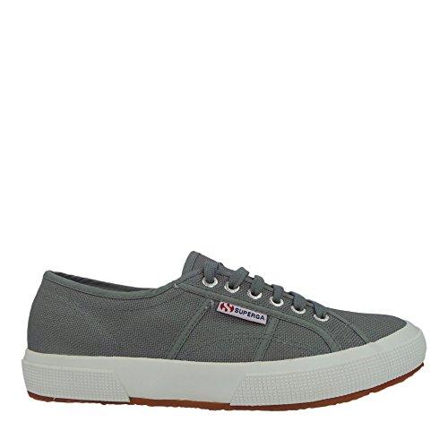 <span class='b_prefix'></span> Superga Unisex Adults' 2750 Cotu typical Low-Top Sneaker