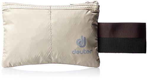 deuter-security-flip-in-sand