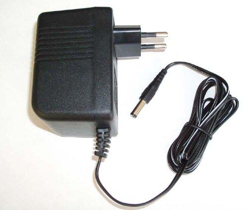 Alimentatore Per Telecamera Per Telecamere A Fili. Voltaggio Ingresso 100 240V-50/60Hz.