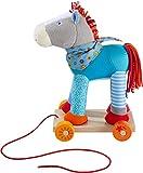 HABA 304142 - Pferd Kunterbunt, farbenfrohes Nachziehspielzeug mit Rollbrett und Kuscheltier, 30 cm, Spielzeug ab 18 Monaten