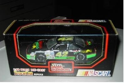 racing-champions-stock-car-143-42-kyle-petty-diecast-nascar